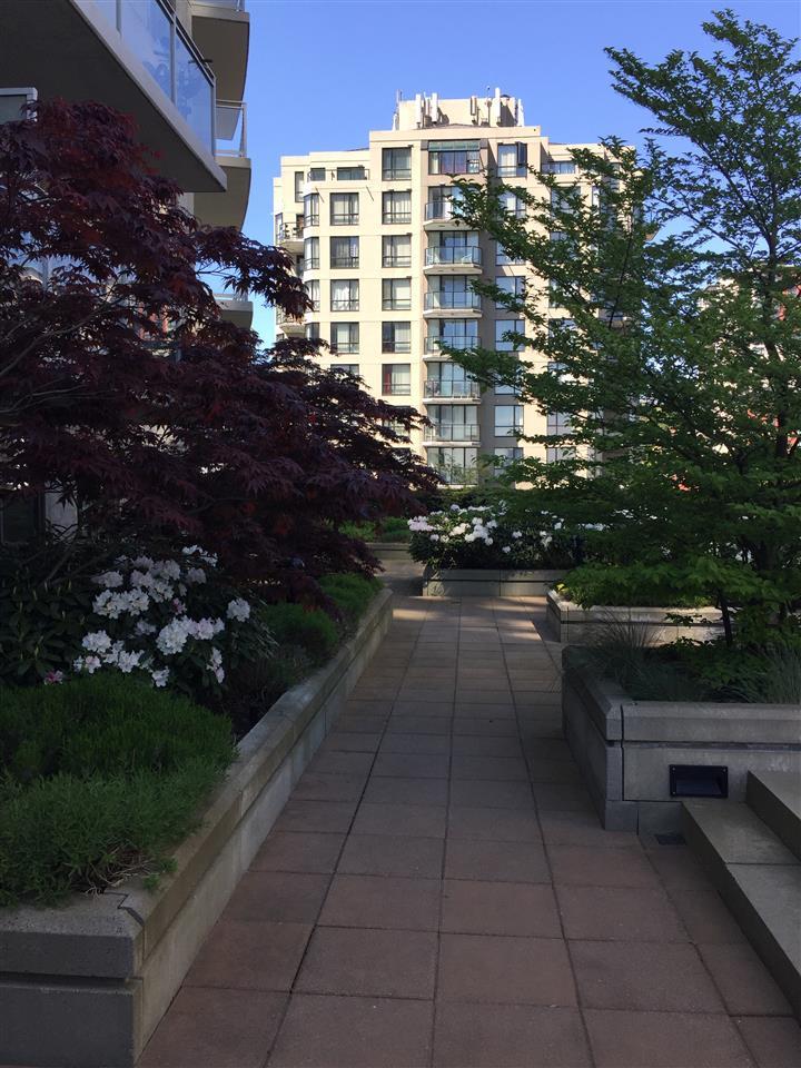PH6 898 CARNARVON STREET - Downtown - New Westminster