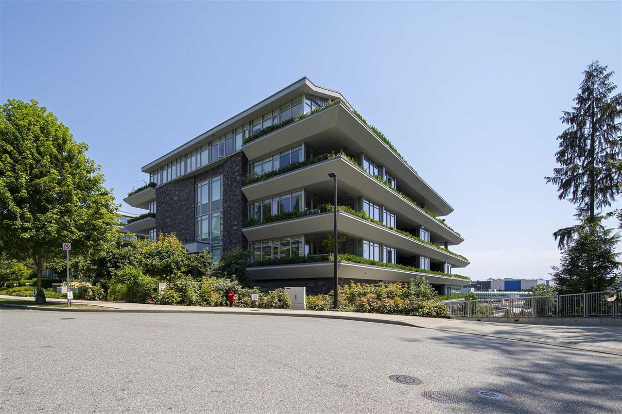203 866 ARTHUR ERICKSON PLACE, West Vancouver