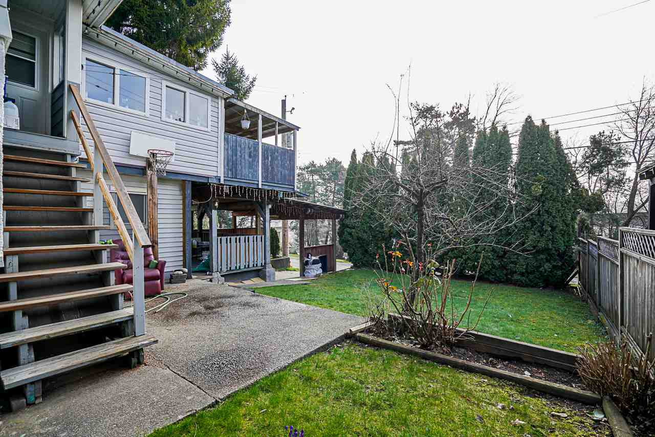 1618 SIXTH AVENUE, New Westminster