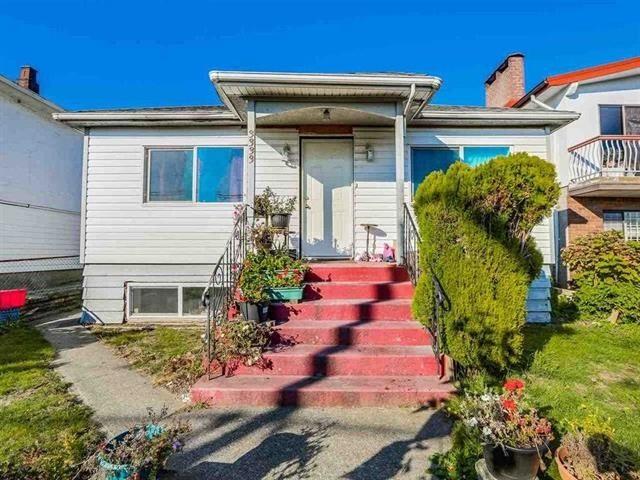 3333 E BROADWAY, Vancouver East