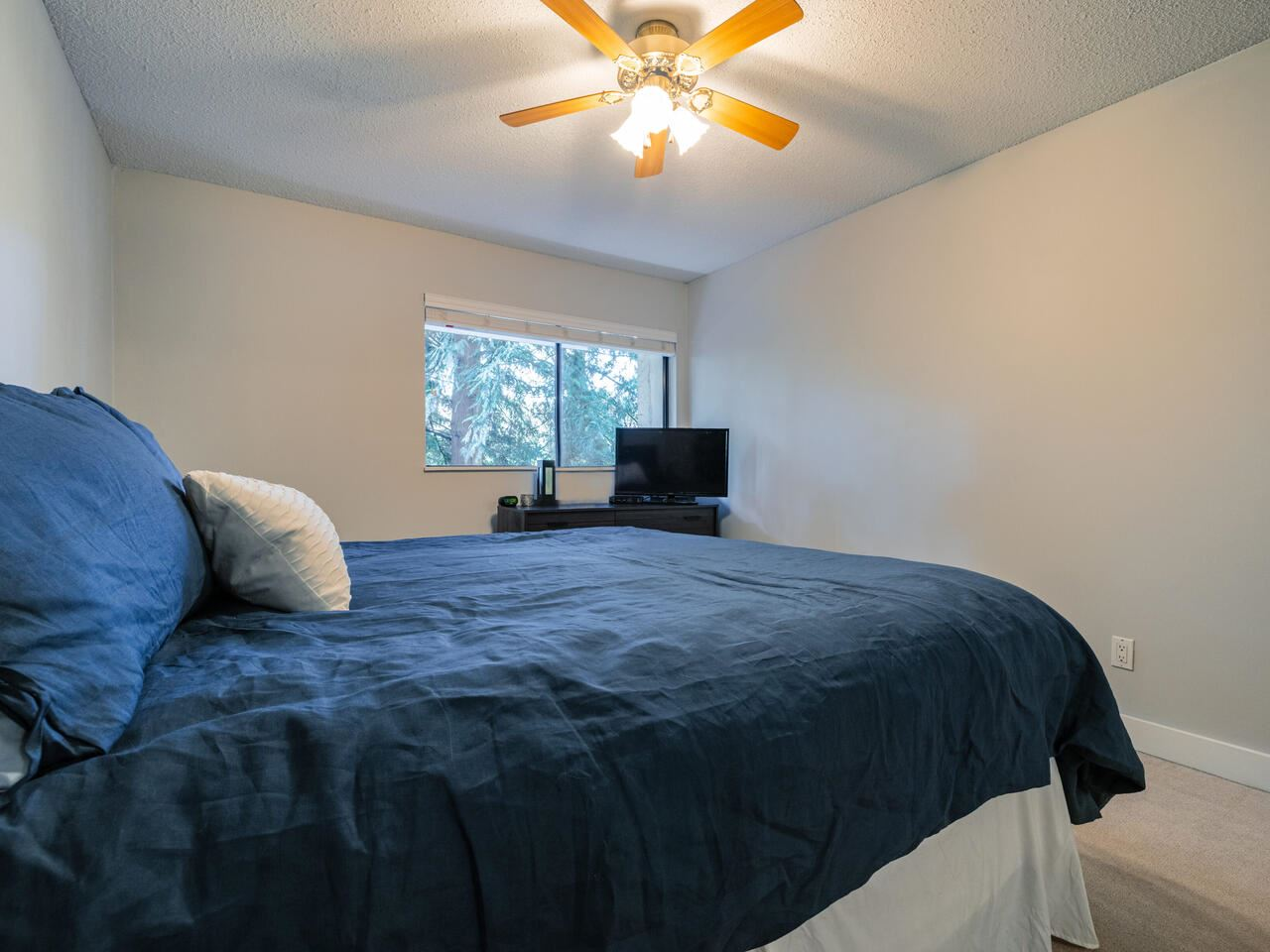 Listing Image of 33 1825 PURCELL WAY