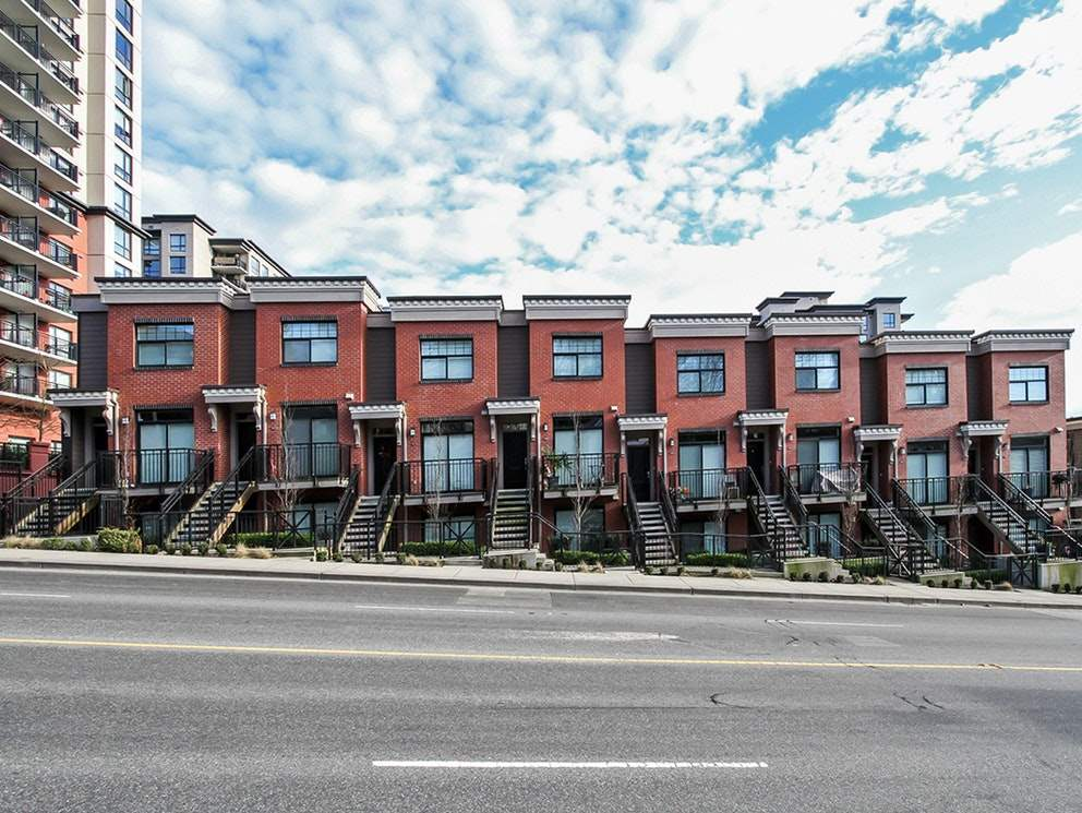 212 828 ROYAL AVENUE, New Westminster