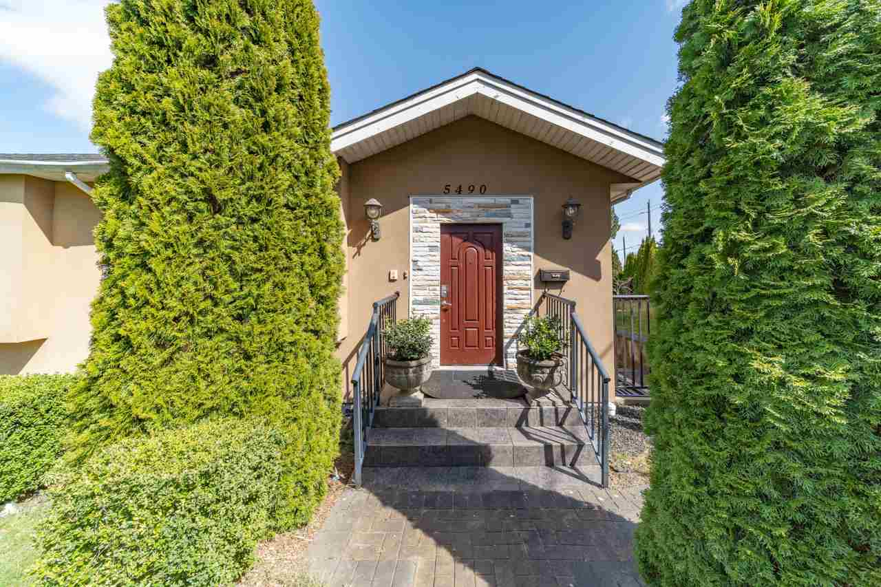 5490 FORGLEN DRIVE, Burnaby South