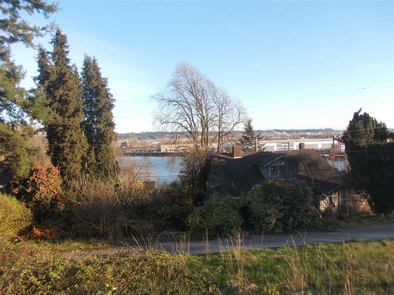 1905 RIVER DRIVE, New Westminster