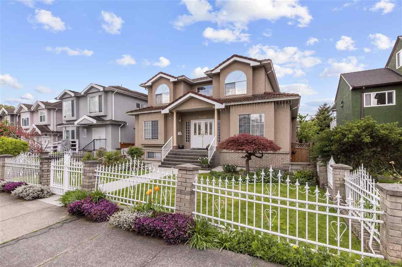 3268 ADANAC STREET, Vancouver East