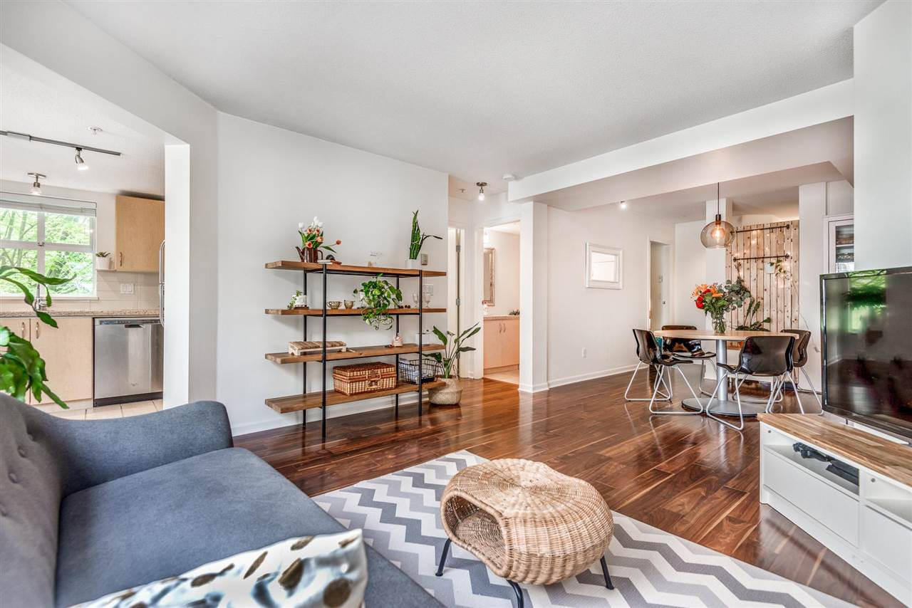Listing Image of 211 147 E 1ST STREET