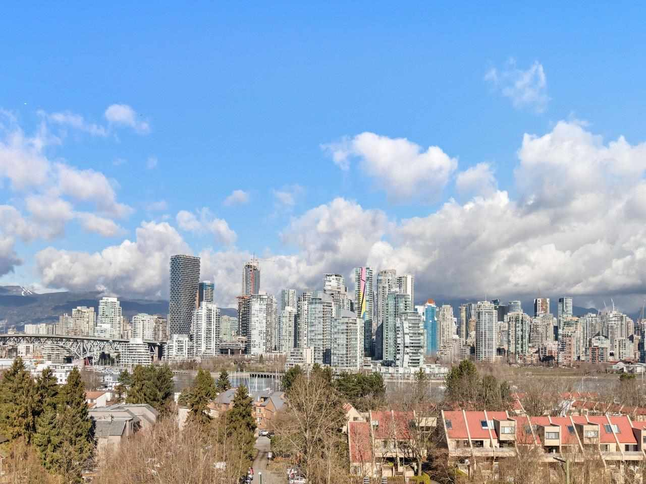1093 W 7TH AVENUE, Vancouver West