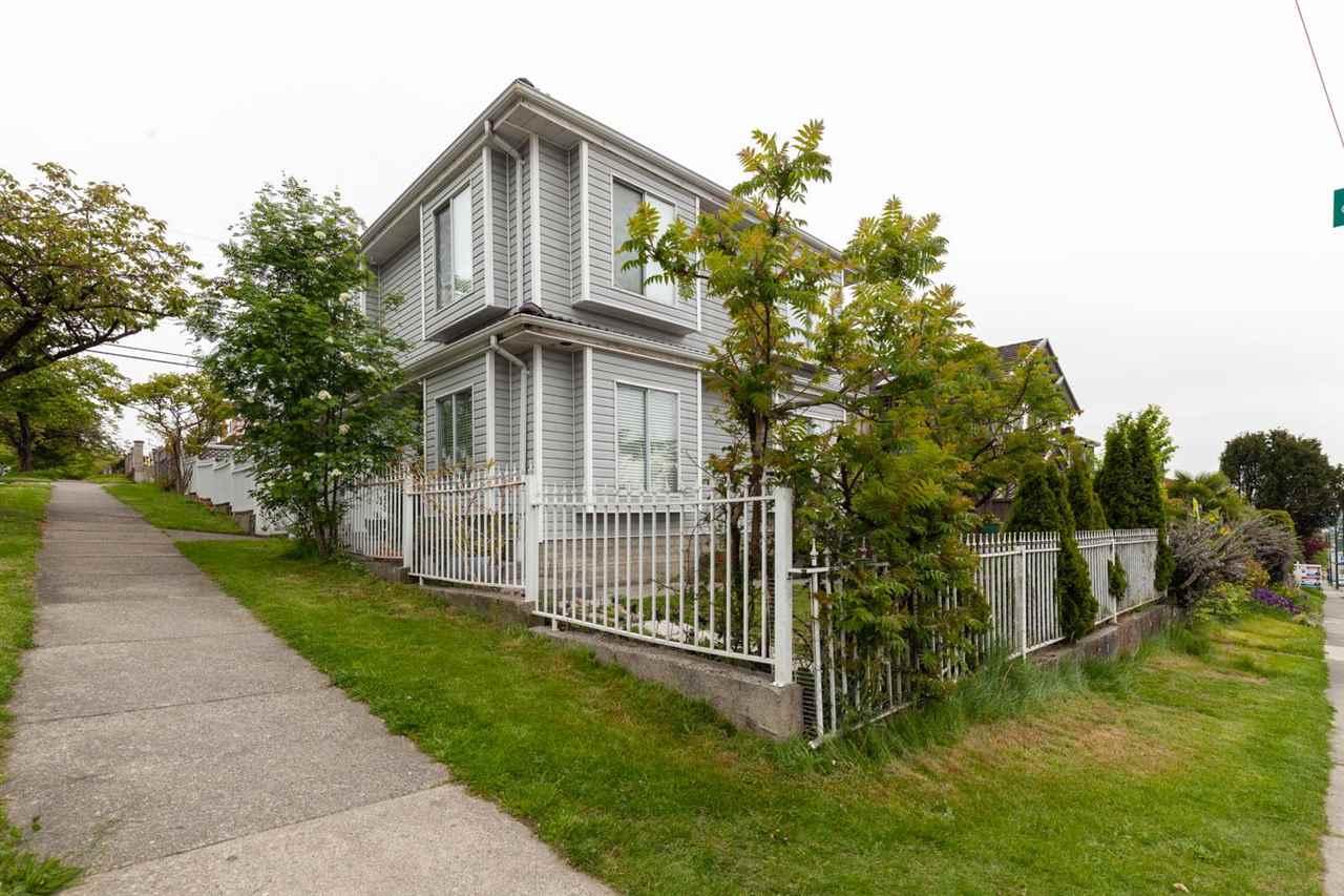 700 E 59TH AVENUE, Vancouver East