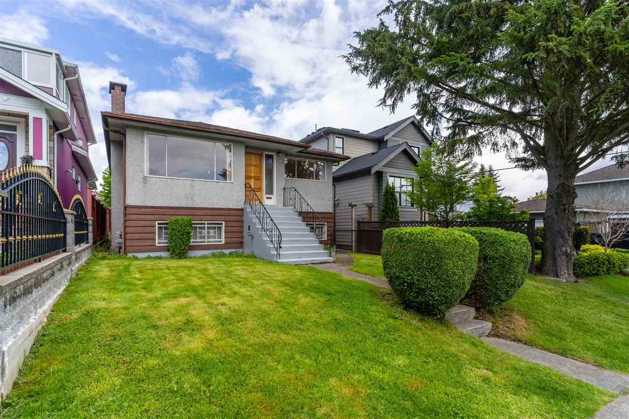 3177 VENABLES STREET, Vancouver East