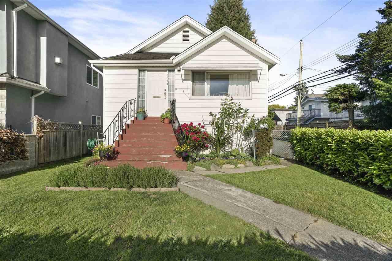 6690 NANAIMO STREET, Vancouver East