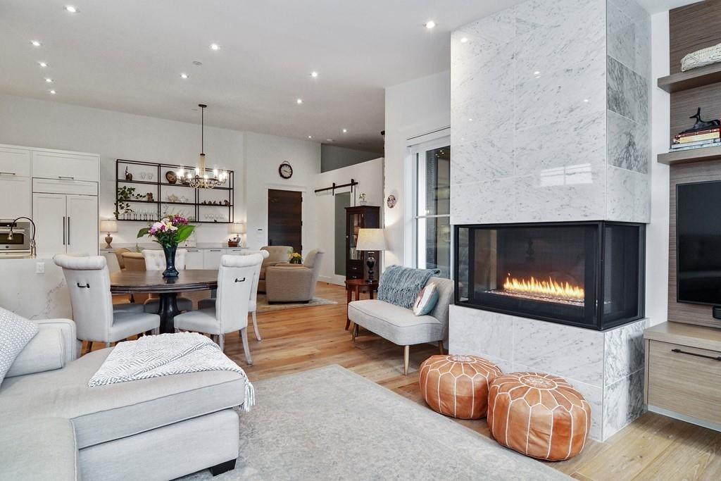 Luxury Penthouse Living!