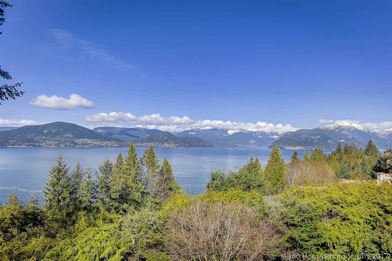 Lions Bay House/Single Family for sale:  3 bedroom 2,888 sq.ft. (Listed 2021-09-08)