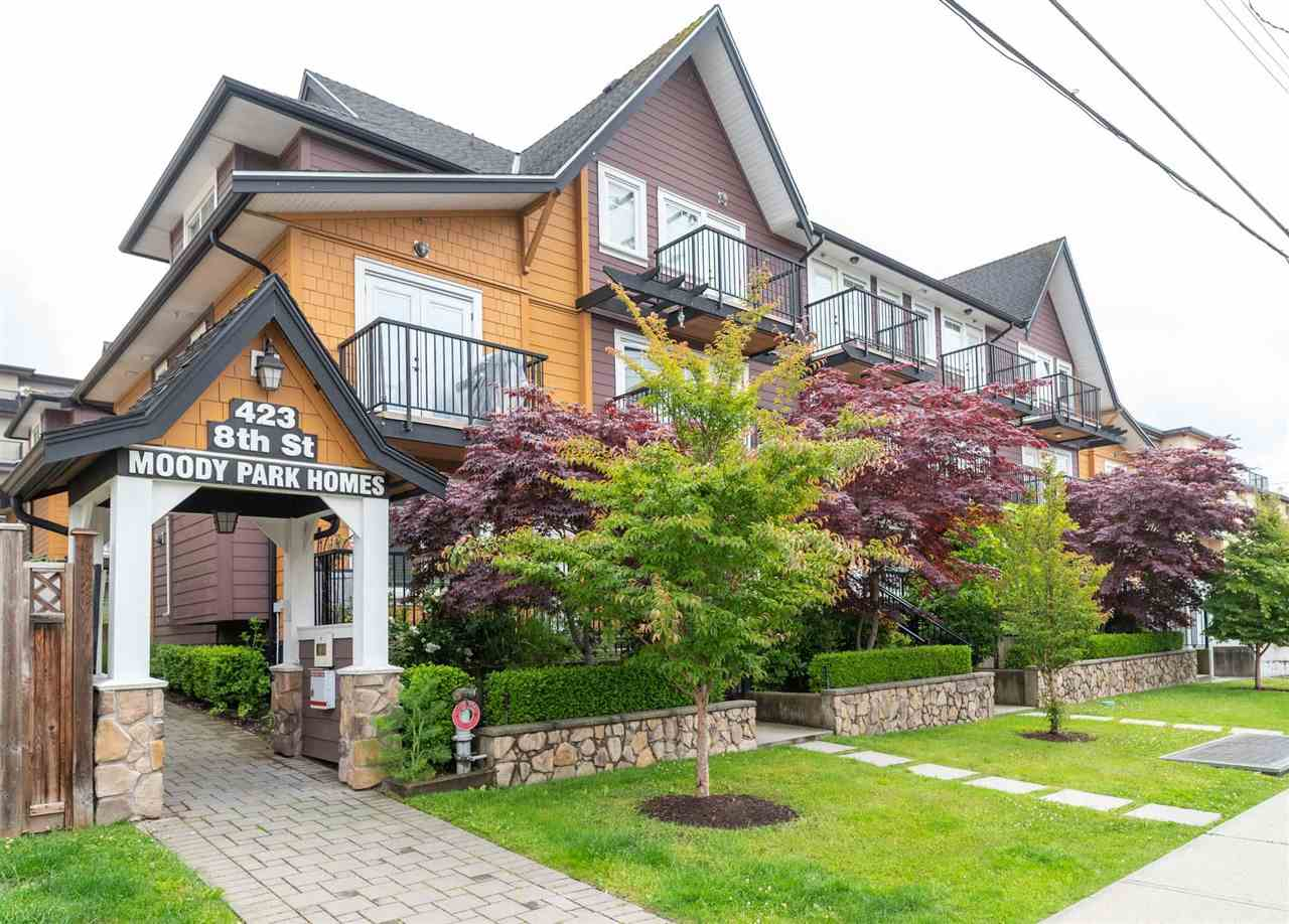 205 423 EIGHTH STREET, New Westminster