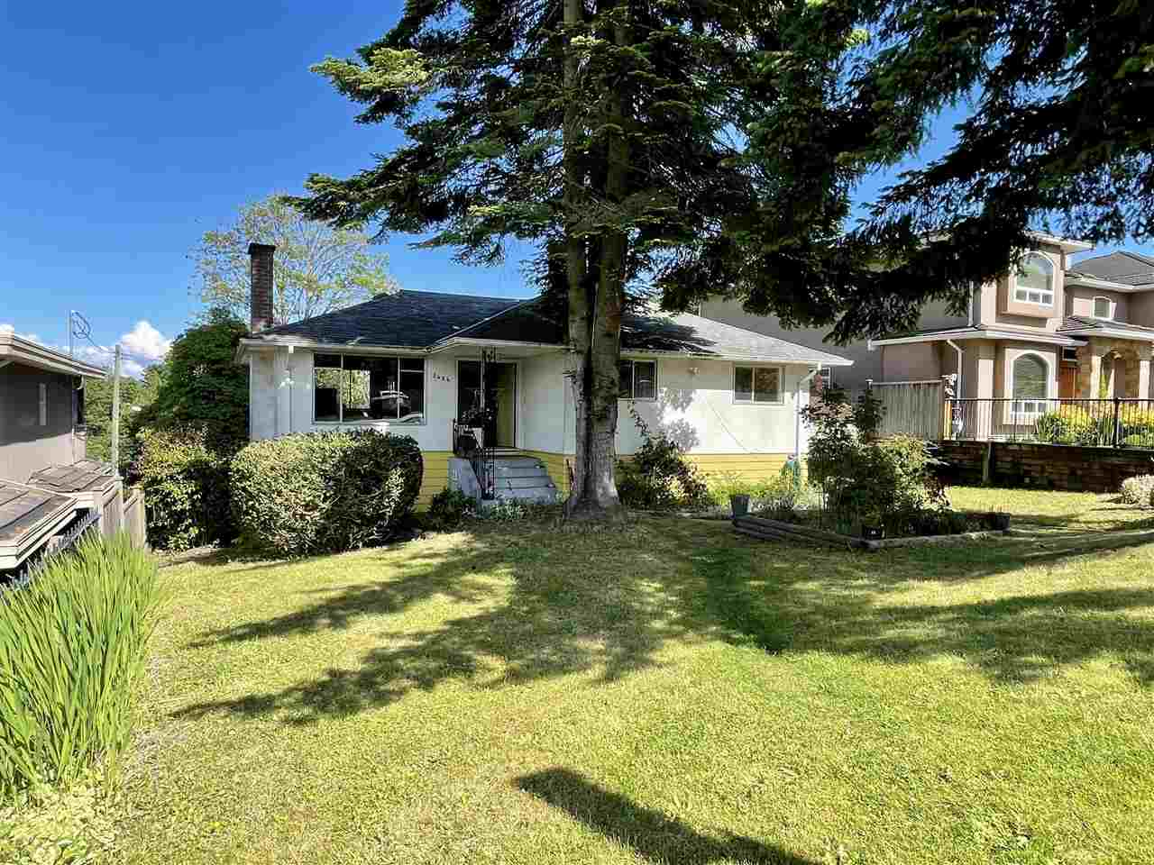 5424 NELSON AVENUE, Burnaby South