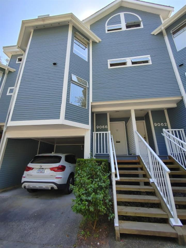 9066 MOORSIDE PLACE, Burnaby North
