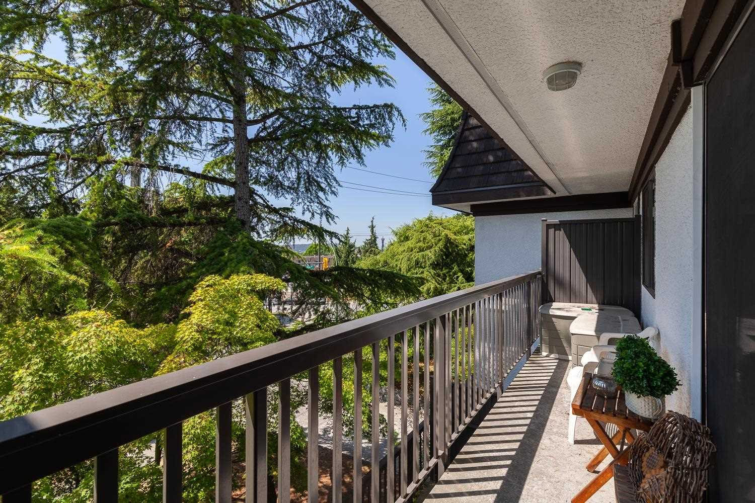 Listing Image of 208 270 WEST 3RD STREET