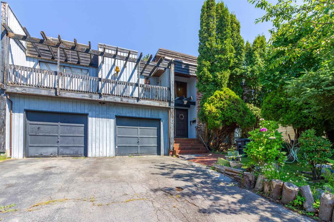 1610 GILES PLACE, Burnaby North