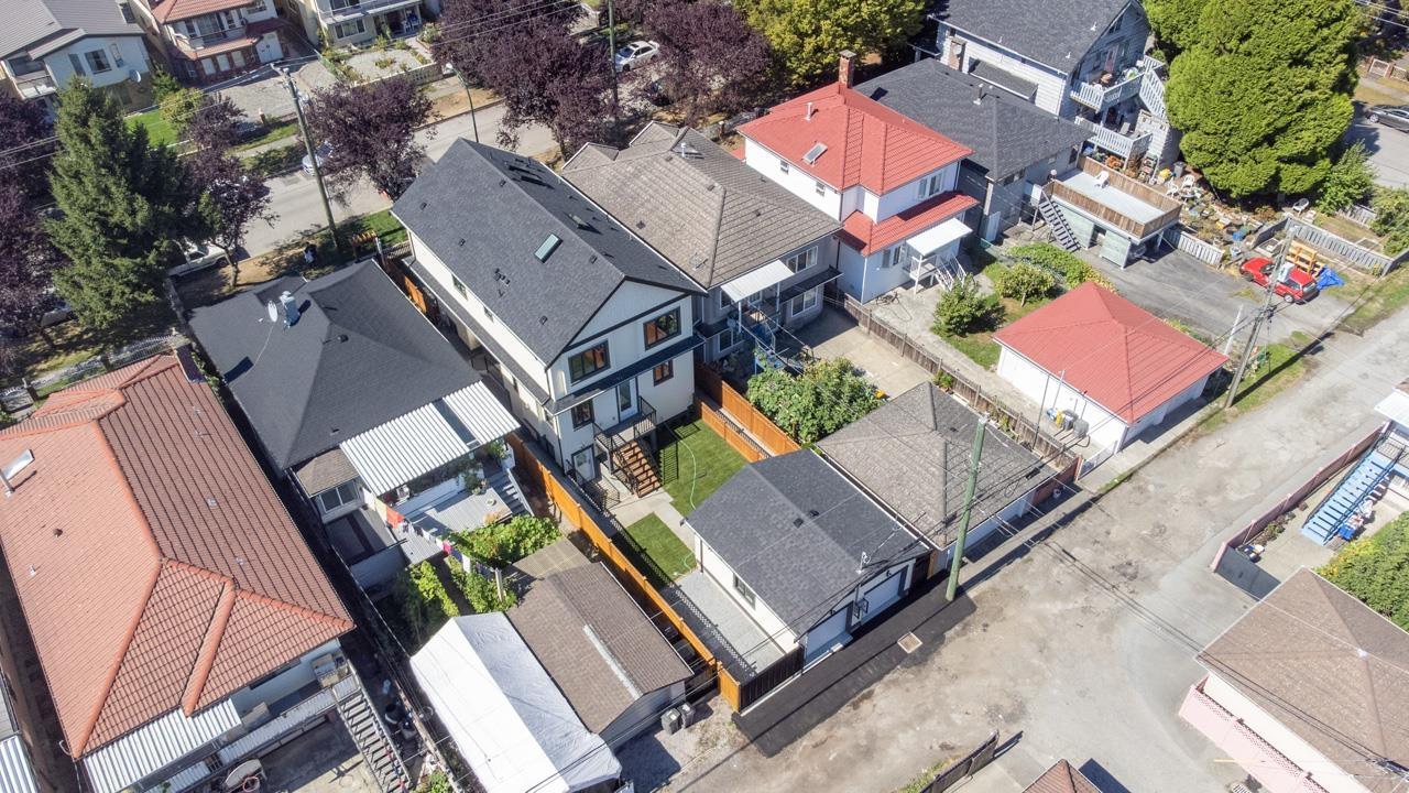 5064 GLADSTONE STREET, Vancouver East