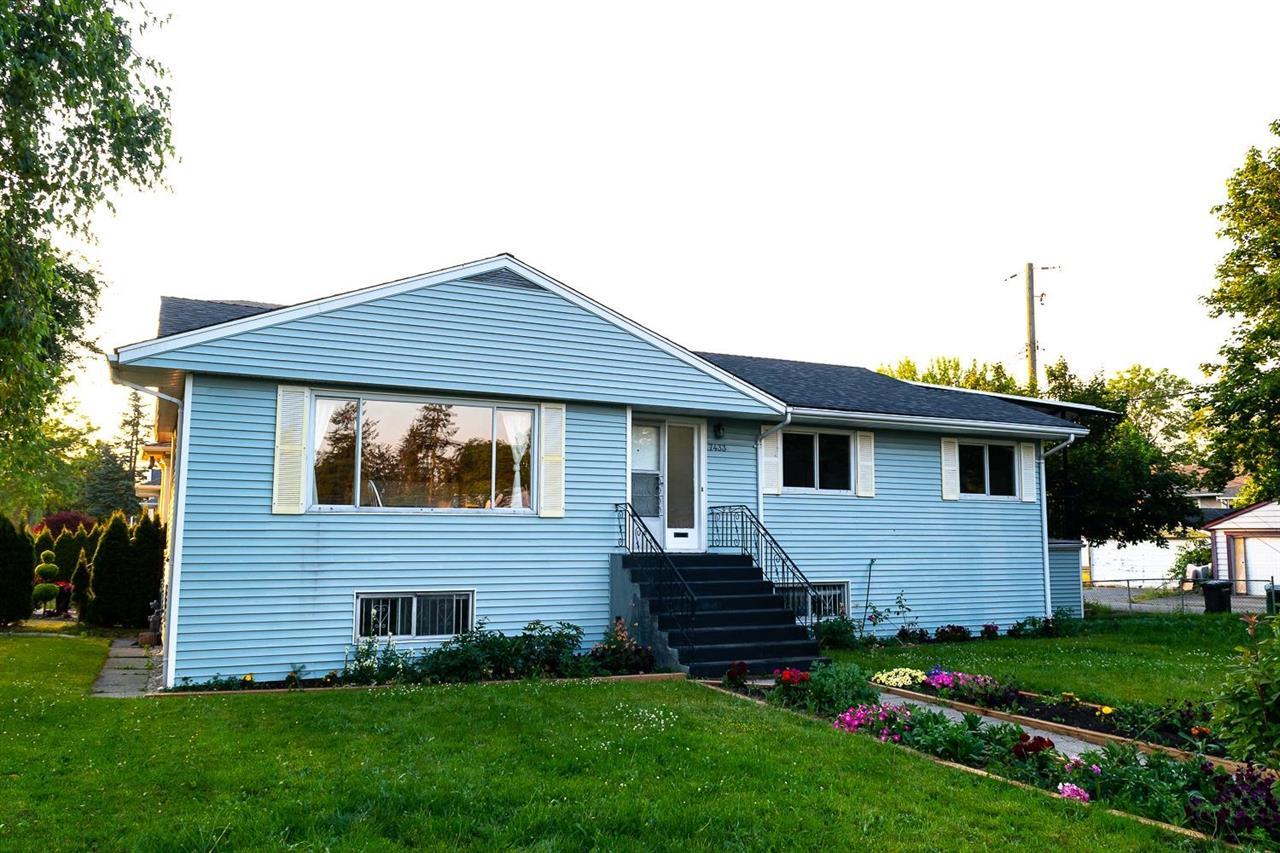 7433 ELWELL STREET, Burnaby South