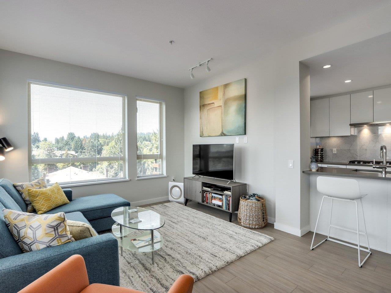 Listing image of 506 2663 LIBRARY LANE