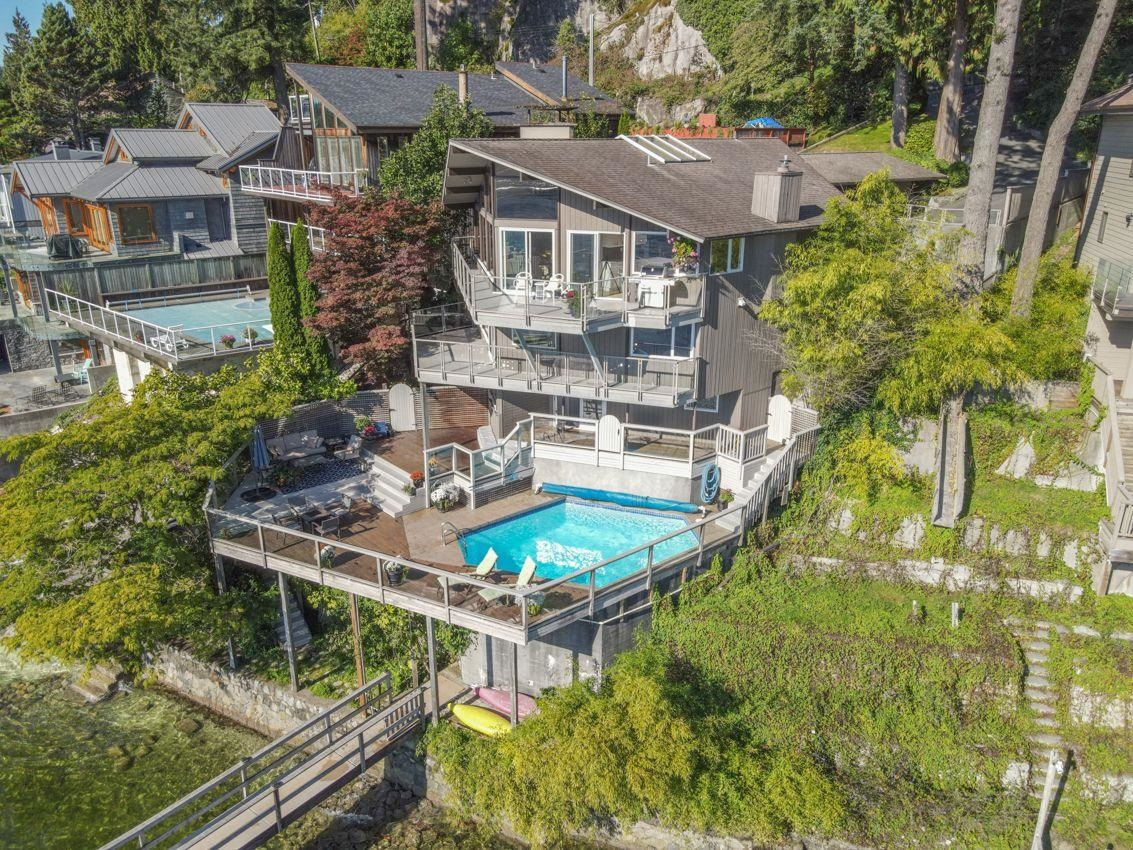 Deep Cove House/Single Family for sale:  4 bedroom 3,357 sq.ft. (Listed 2021-10-12)