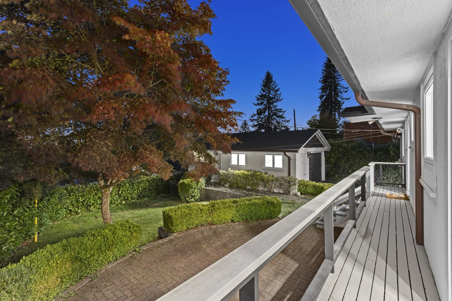 Listing image of 965 BEAUMONT DRIVE