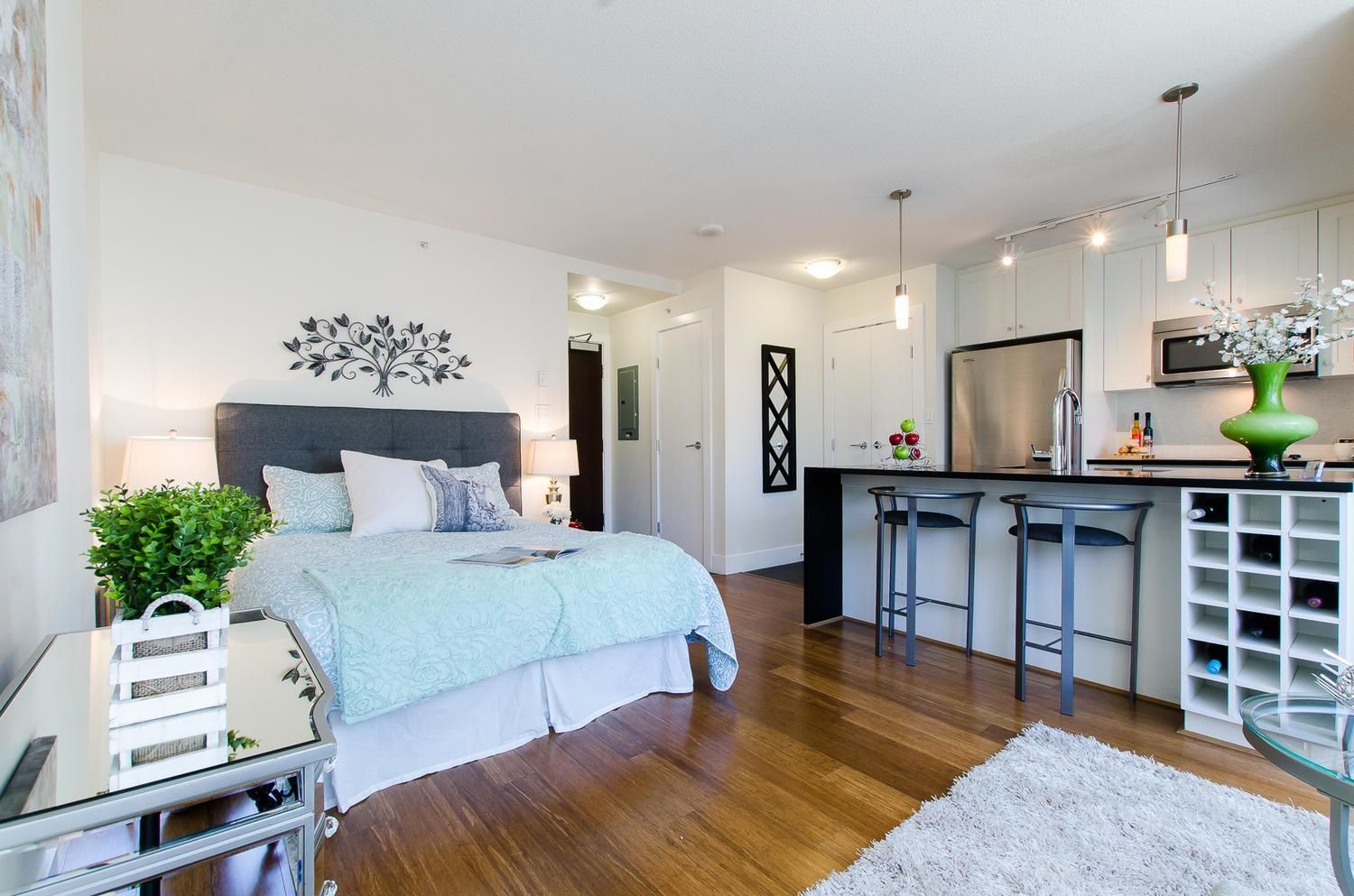 Downtown VW Apartment/Condo for sale:   441 sq.ft. (Listed 2021-10-18)
